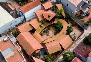 """Ngôi nhà Hà Nội mang đậm dấu ấn kiến trúc """"làng cổ"""""""